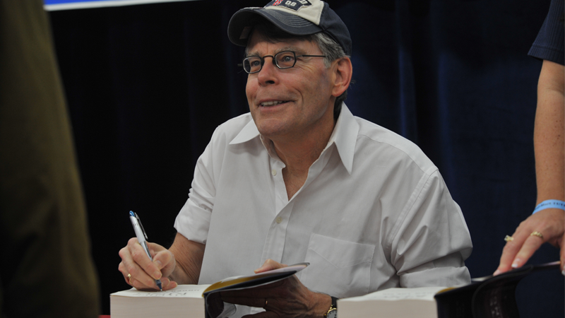 Stephen King promotes Under the Dome in 2009; the book was later adapted into a series for CBS.