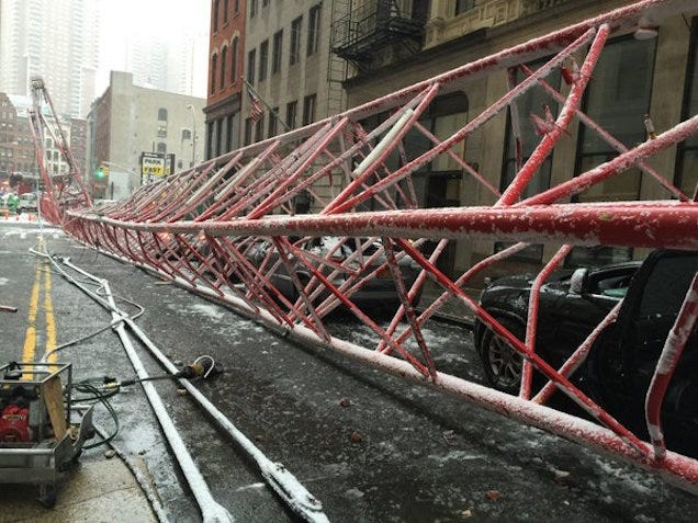 A Huge Crane Just Fell Down In Lower Manhattan; At Least One Dead