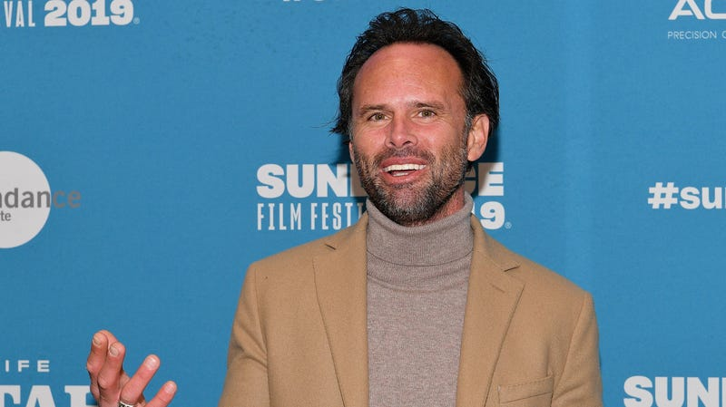 Illustration for article titled Walton Goggins to play a hot widower dad for CBS