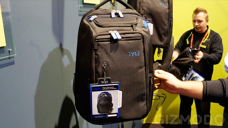 Illustration for article titled A Hefty Battery Makes Tylt's Energi Charging Backpack Worth Lugging Around