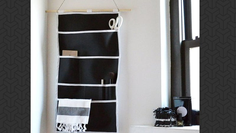 Illustration for article titled This DIY Wall Organizer Is Perfect for Small Items or Office Supplies