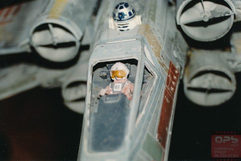 Illustration for article titled Un fascinante paseo por las maquetas y objetos originales de Star Wars