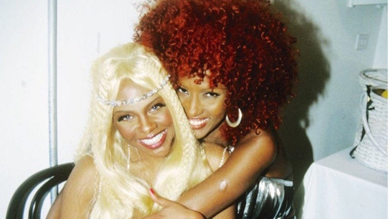 Illustration for article titled I Didn't Realize How Much I Needed This Throwback Of Lil Kim and Iman
