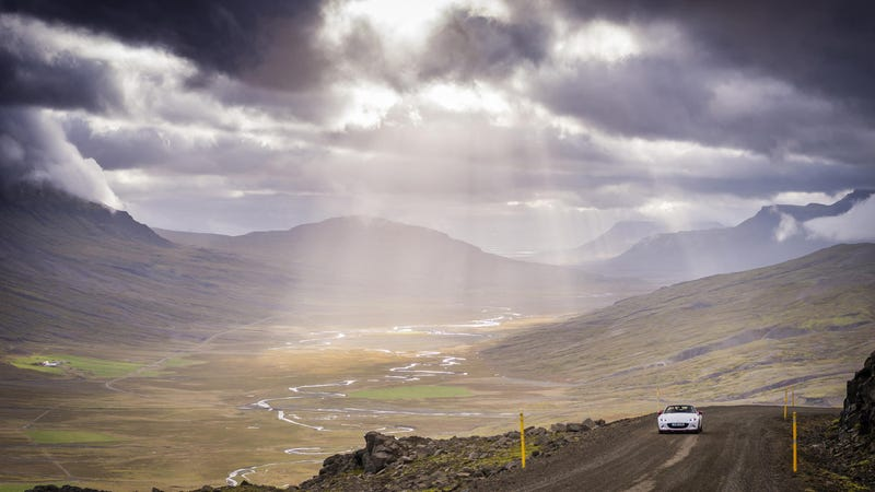 Illustration for article titled Top Gear Magazine has taken the MX-5 around Iceland