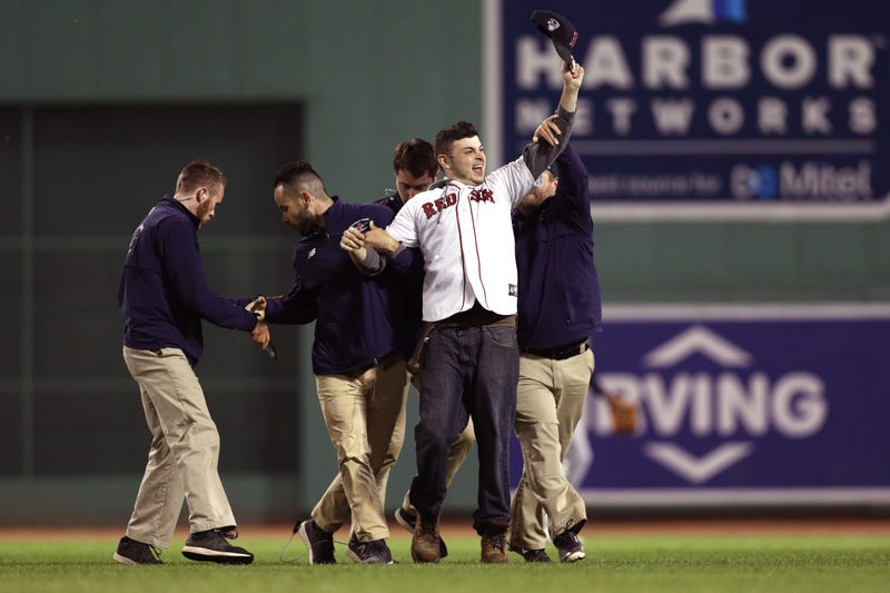 Illustration for article titled Chowdahead On The Field At Fenway Park Gets Blindsided By Security In The Outfield