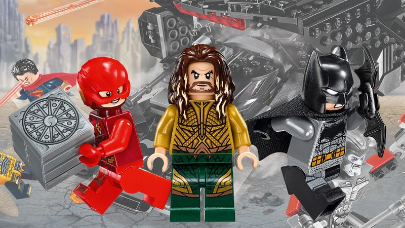 Illustration for article titled The Justice League Movie Lego Sets Are Super-Friendly