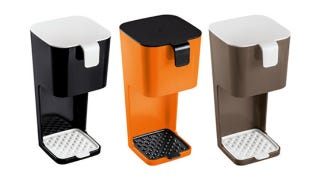 Illustration for article titled Take Coffee Making Into Your Own Hands With These Sleek Unplugged Coffee Makers