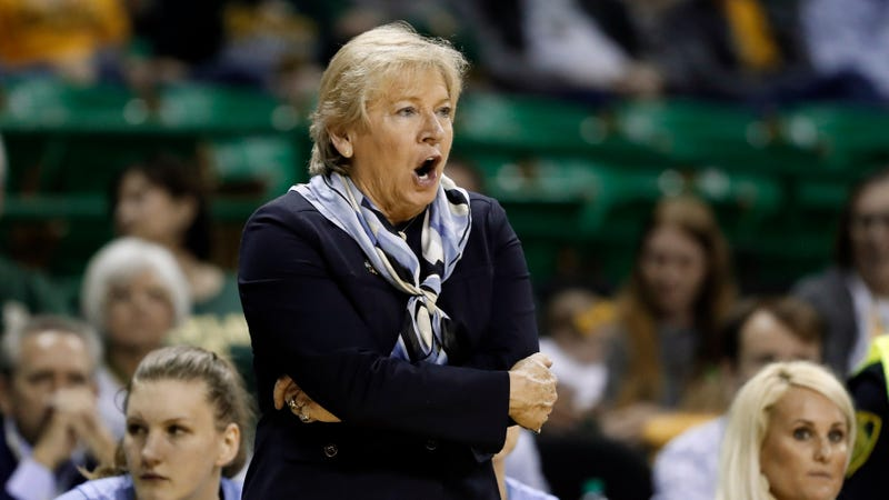 Illustration for article titled Report: UNC Women's Basketball Coach Sylvia Hatchell Accused Of Racially Offensive Remarks And Endangering Players