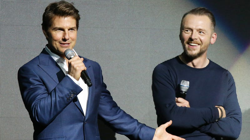 Tom Cruise and Simon Pegg.