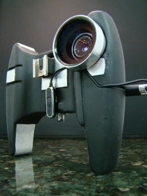 Illustration for article titled OWLE iPhone 3GS Video Mount Is About as Practical as an iPhone 3GS Video Mount Can Be