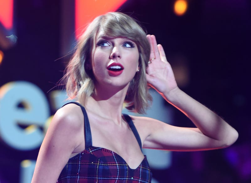 Taylor Swift performs onstage during iHeartRadio Jingle Ball 2014, hosted by Z100 New York and presented by Goldfish Puffs at Madison Square Garden on December 12, 2014 in New York City.  Jamie McCarthy/Getty Images for iHeartMedia
