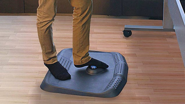 When Work Knocks You Down, This Feature-Packed Standing Desk Mat Will Get You Back Up