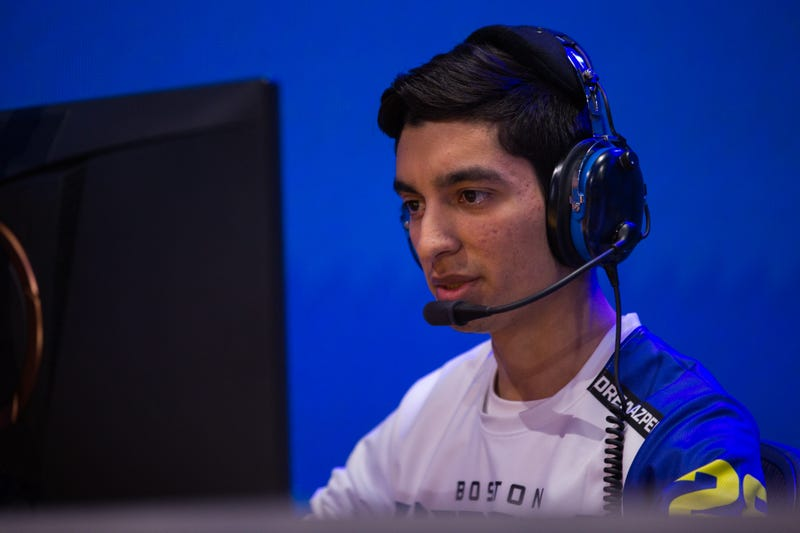 "Jonathan ""DreamKazper"" Sanchez playing Overwatch for the Boston Uprising"