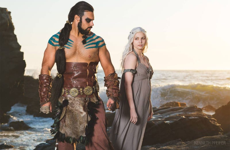 Illustration for article titled These Are Two Of The Best Game Of Thrones Cosplayers. It Is Known.