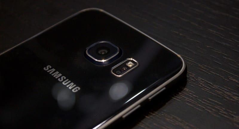 Illustration for article titled ¿Qué Smartphone tiene mejor cámara? Galaxy S6 y sus rivales, a prueba