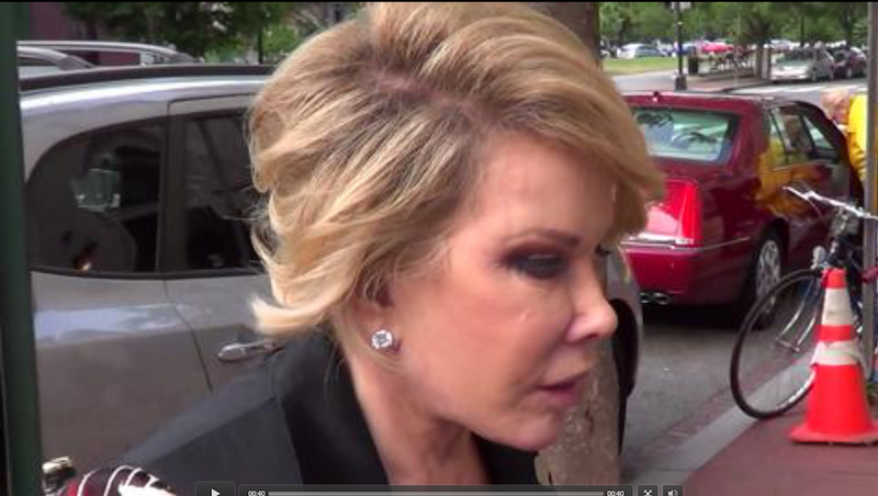 Illustration for article titled Joan Rivers Uses Trans Slur Against Michelle Obama (Video)