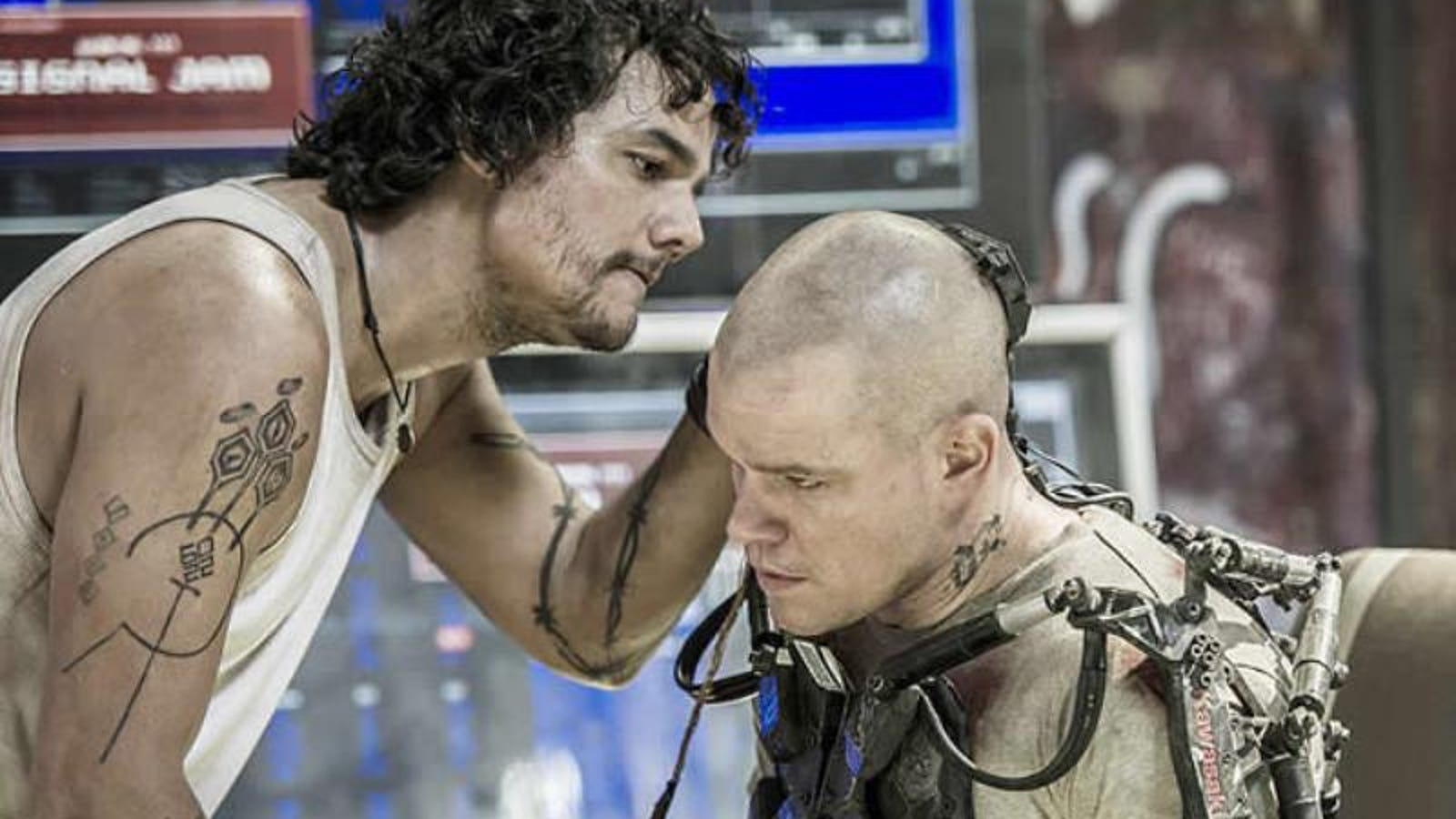 We've seen 10 minutes of Neil Blomkamp's Elysium, and it is AWESOME