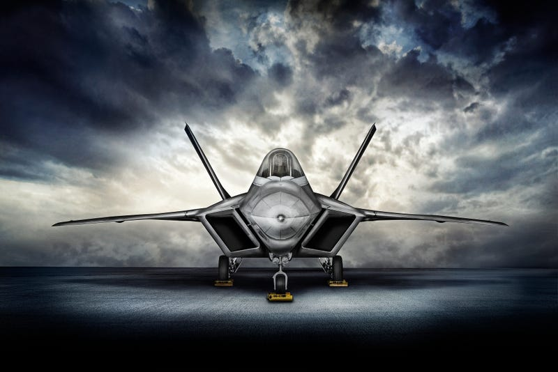 Illustration for article titled The F-22 Raptor looks absolutely killer in these stunning photos
