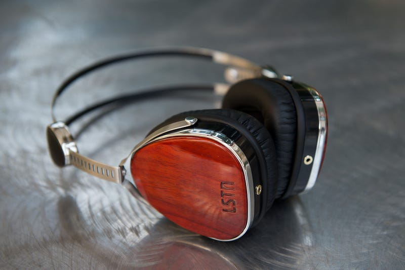 Illustration for article titled Sound With a Mission: Get LSTN Troubadour Headphones 10% Off
