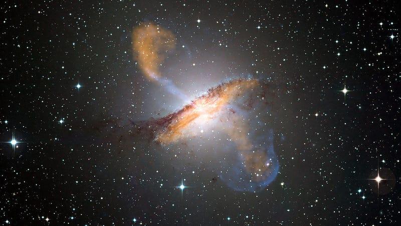 Image: ESO/WFI (visible); MPIfR/ESO/APEX/A.Weiss et al. (microwave); NASA/CXC/CfA/R.Kraft et al. (X-ray)