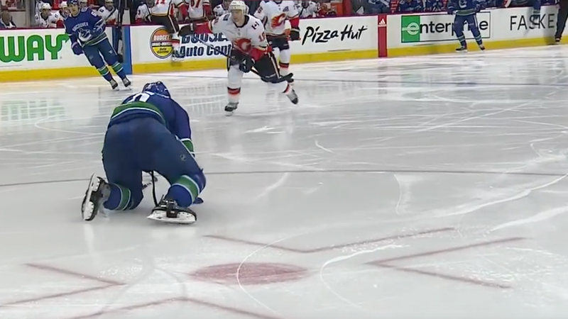 Illustration for article titled Canucks' Brock Boeser Had To Crawl Off The Ice After Taking A Puck To The Foot