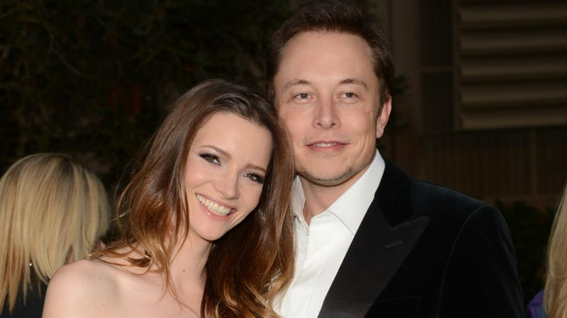Illustration for article titled Elon Musk Reportedly Dating Cameron Diaz Or Something
