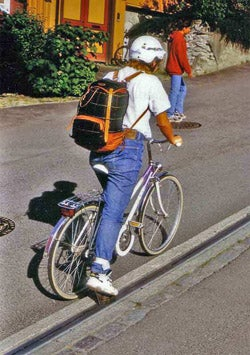Illustration for article titled Norwegian Bicycle Lift Proves Europeans are Just as Lazy