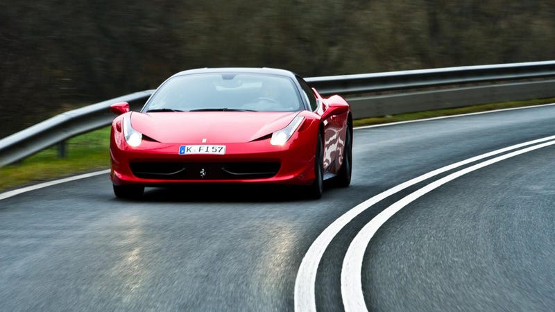 Illustration for article titled Sorry Ferrari, But Honda Beat You To The First Production 9,000 RPM Car