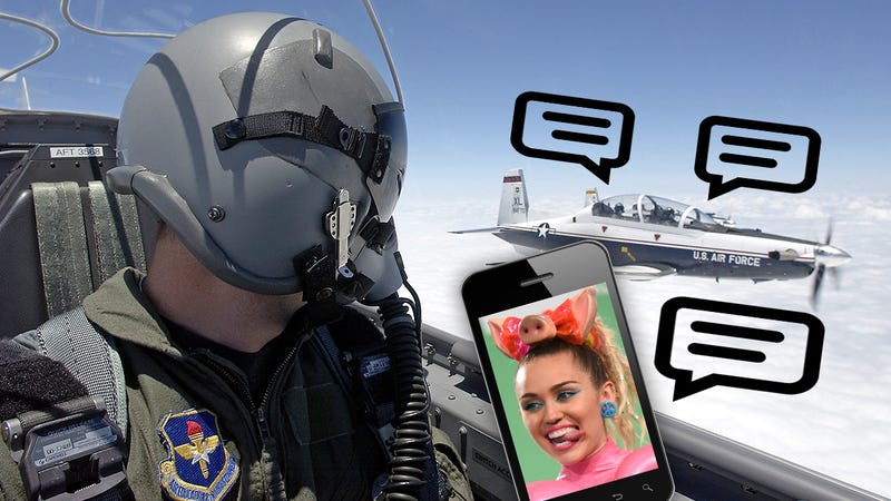 Illustration for article titled Air Force Loses Its Mind, Grounds Pilots OverTexting Miley CyrusLyrics