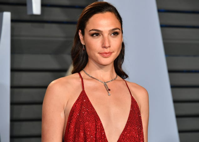 """Gal Gadot supports Justice League co-star Ray Fisher, says her own Joss Whedon experience """"wasn't the best one"""""""