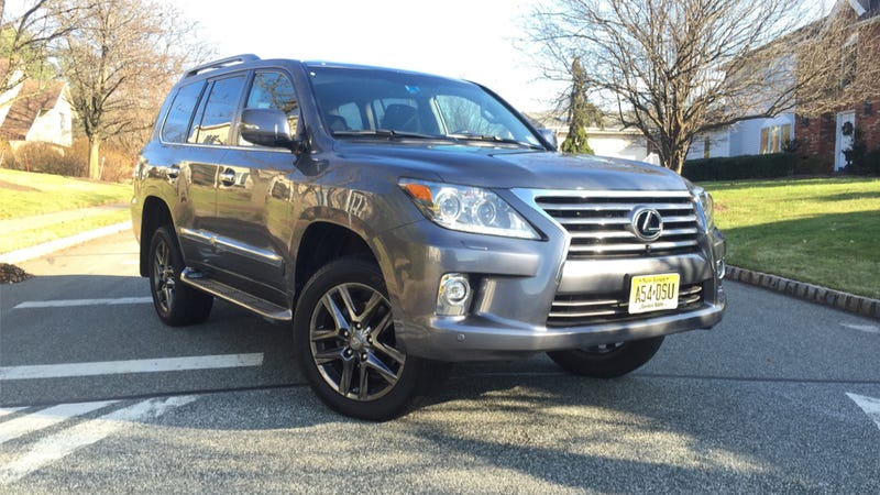 Illustration for article titled What Do You Want To Know About The 2014 Lexus LX570?