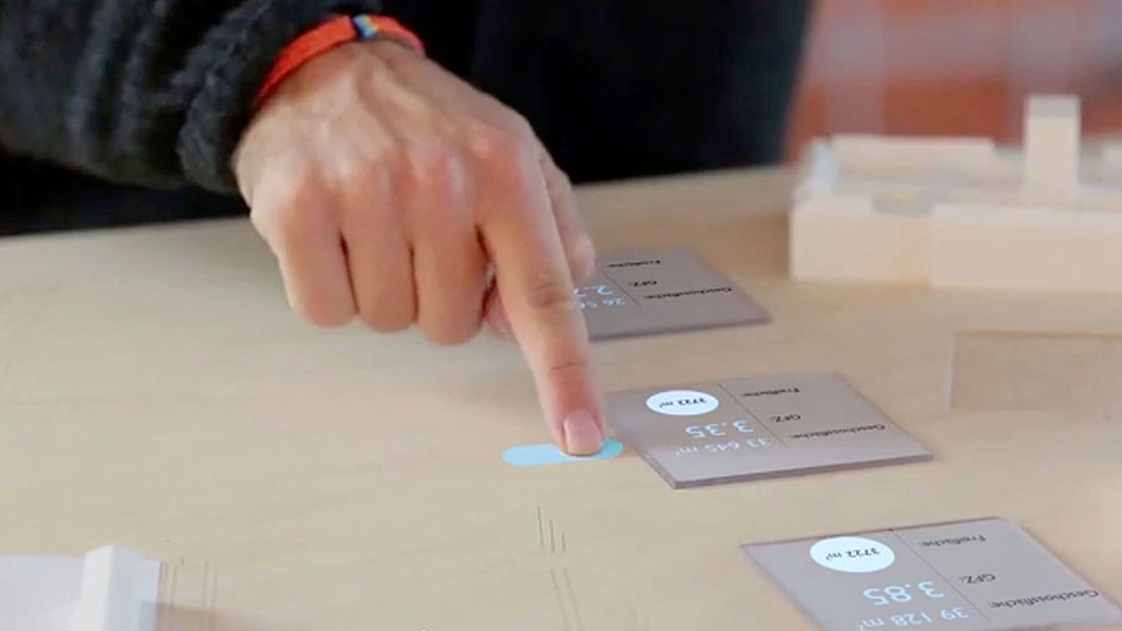 Este prototipo de realidad aumentada hace táctil cualquier superficie