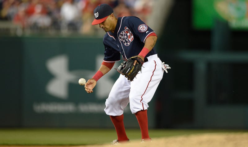 Illustration for article titled Ian Desmond Is A Special Kind Of Disaster Over At Shortstop
