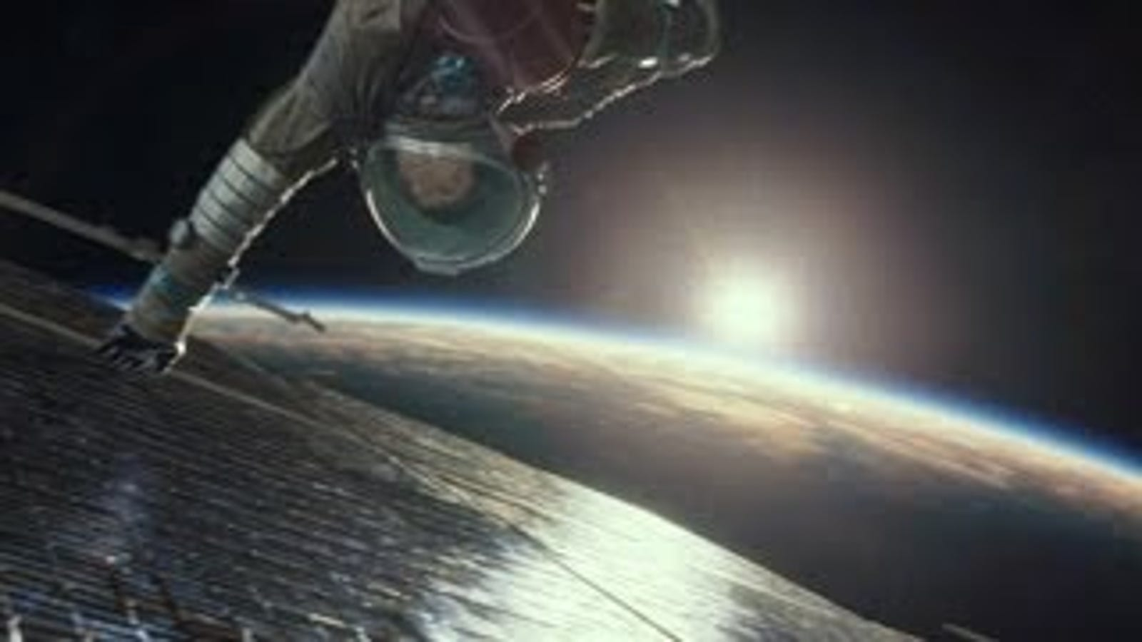 El último tráiler de Gravity es aún más angustioso que el anterior