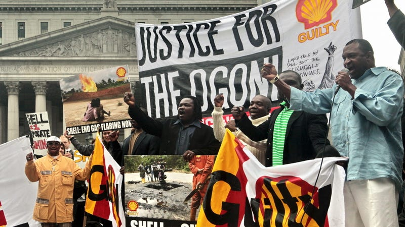 A rally for a 2009 trial related to Royal Dutch Shell's alleged involvement in human rights abuses against the Ogoni people. Photo: AP