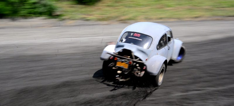 Illustration for article titled Learning Fast And Loose At Rally School In My Baja Bug