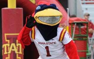 Illustration for article titled Did Some UConn Fans Break The Iowa State Mascot's Arm Last Night?