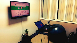 Illustration for article titled An Art White Wall and Wiimote Control: the GrooveSpace Workspace