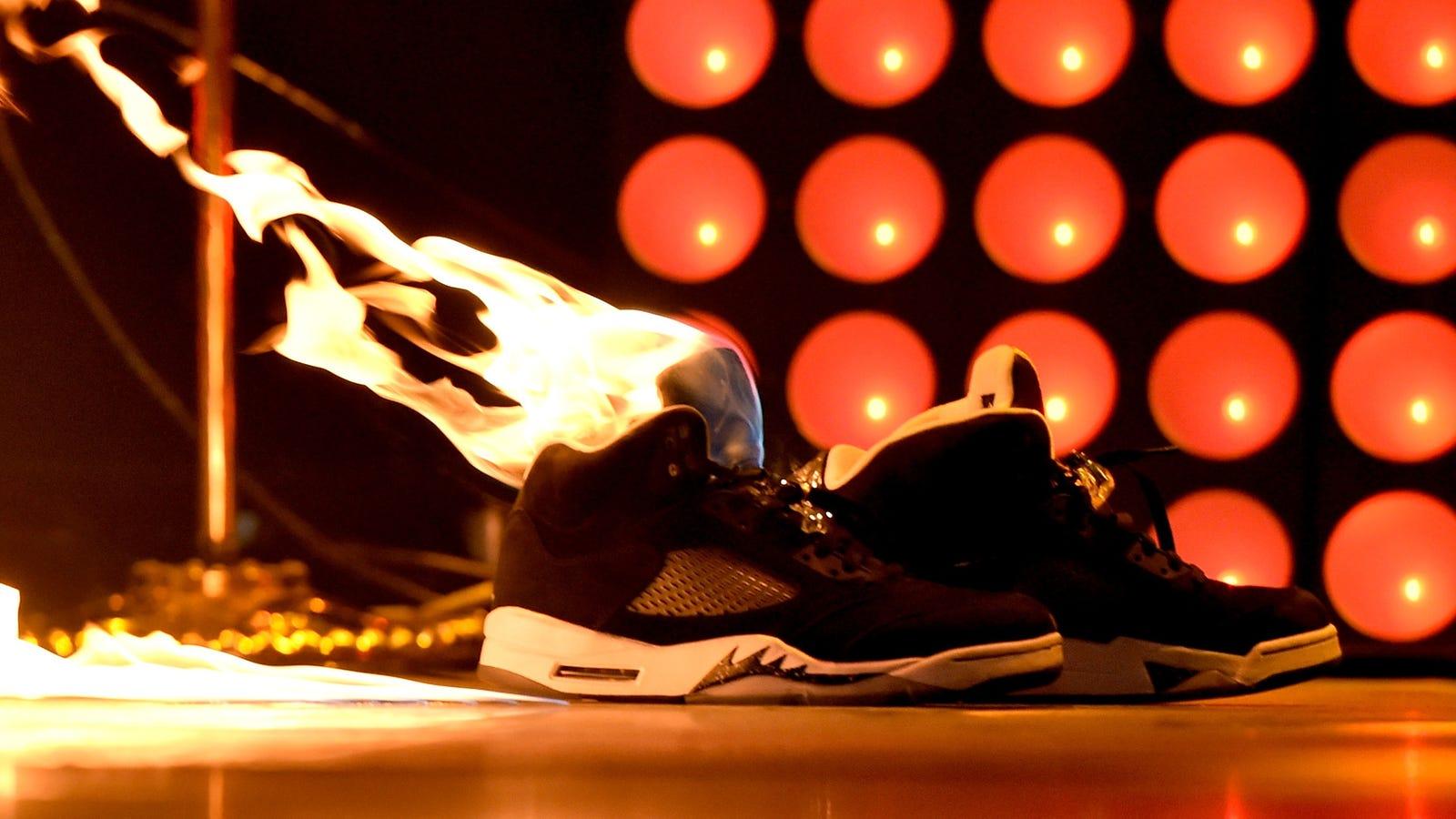 Shoe camera upskirt