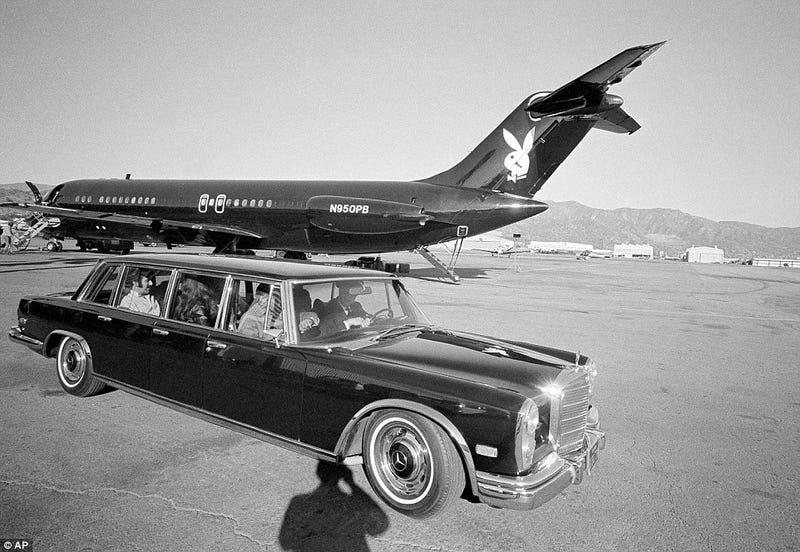 Illustration for article titled Merc Limo
