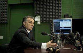 Illustration for article titled Orbán Viktor megteremti a semleges Magyarországot