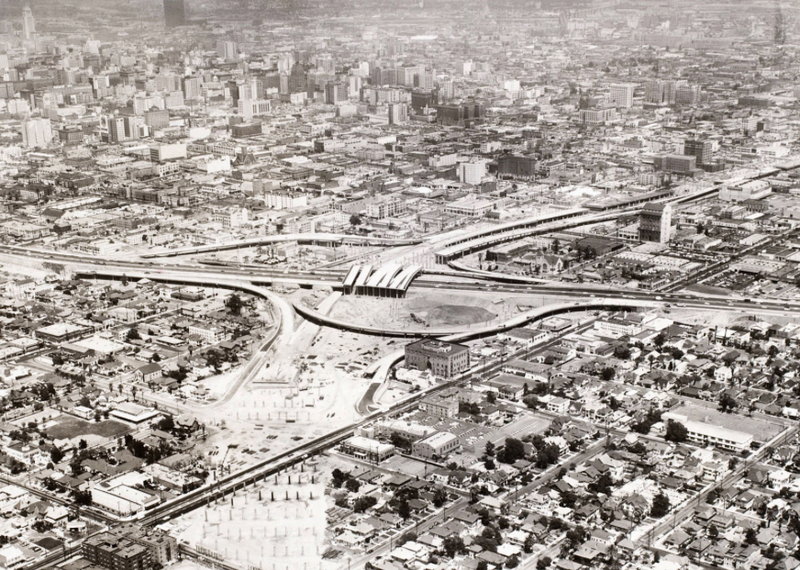 Clear-cutting neighborhoods in South Los Angeles to make way for the 10 Freeway in 1961. Photo via USC Libraries, Los Angeles Examiner Collection