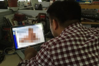Illustration for article titled Chinese Porn Identification Officer is Sickened By Porn