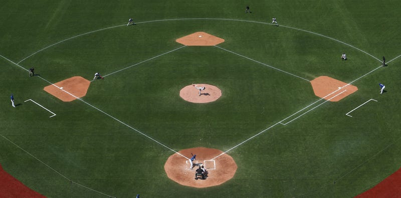 Illustration for article titled The Blue Jays Are Getting A Dirt Infield