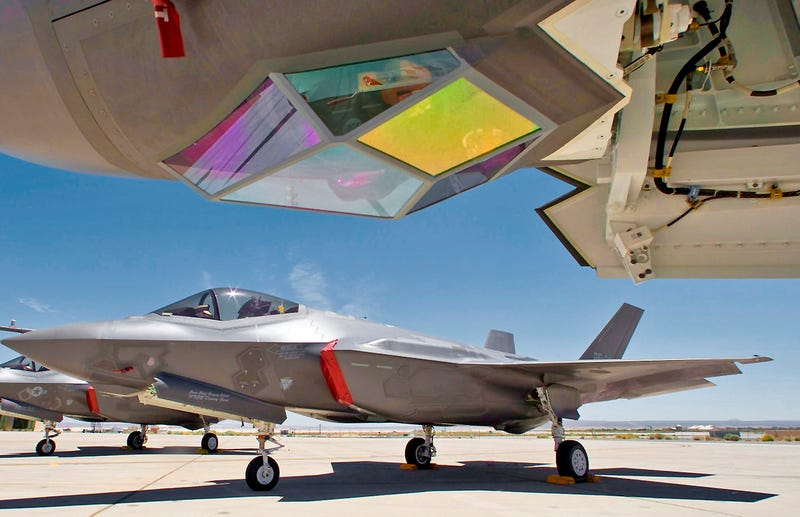 Illustration for article titled Is The F-35's Targeting System Really 10 Years Behind Current Systems?