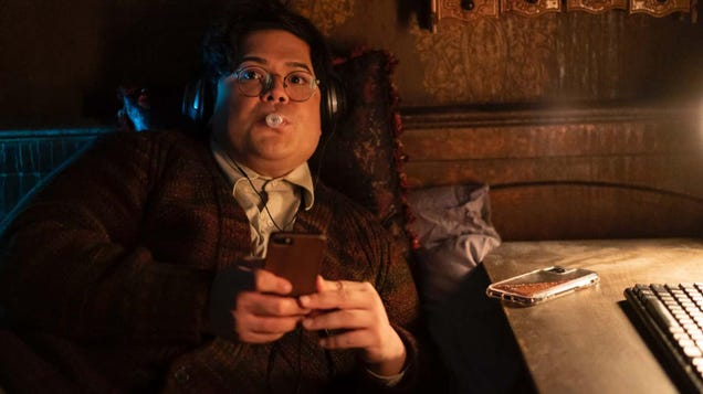 What We Do in the Shadows Is Getting a Weekly Aftershow With Harvey Guillén as Host