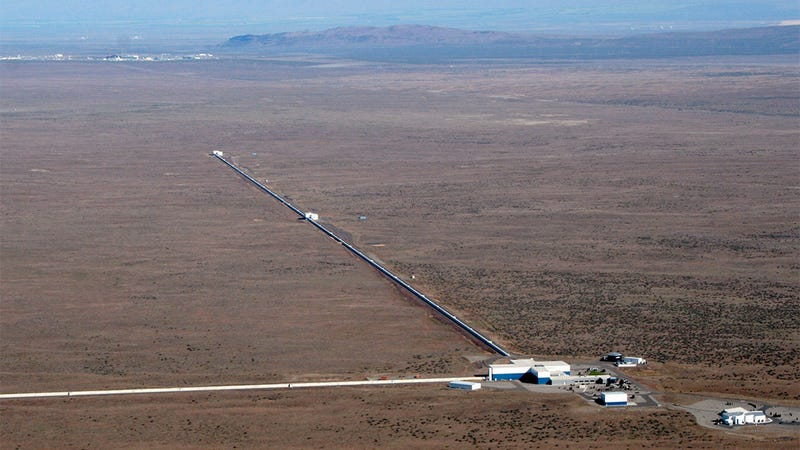 The LIGO Hanford Observatory