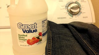 Illustration for article titled Wash New Jeans with Vinegar to Increase Their Lifespan