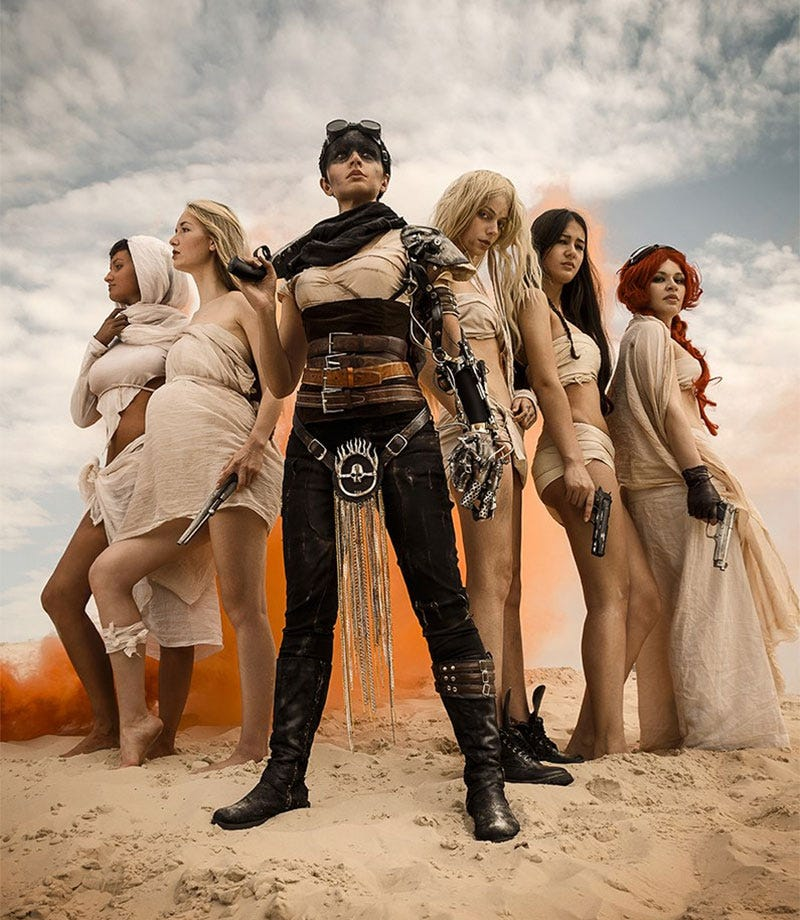 Illustration for article titled Awesome Mad Max Cosplay Dies, Lives Again
