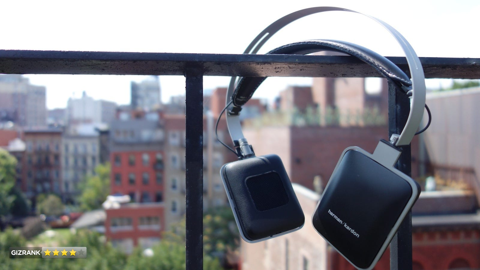 Harman Kardon CL Review: These Headphones Can Handle All Your Listening Needs